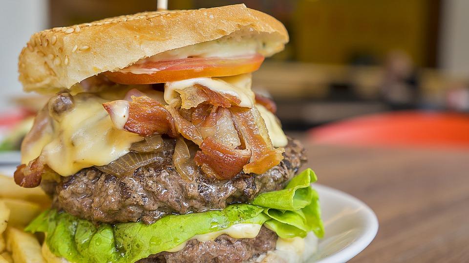 fettiger Burger